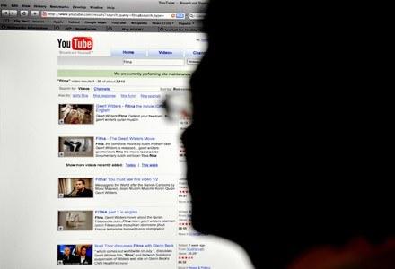 Czy korzystanie z serwisu YouTube będzie płatne? Google rozważa taką możliwość /AFP