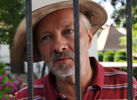 Czy Krzysztof Stroiński, jak Dustin Hoffman i Russell Crowe zachwyci rolą osoby chorej psychicznie? /materiały dystrybutora