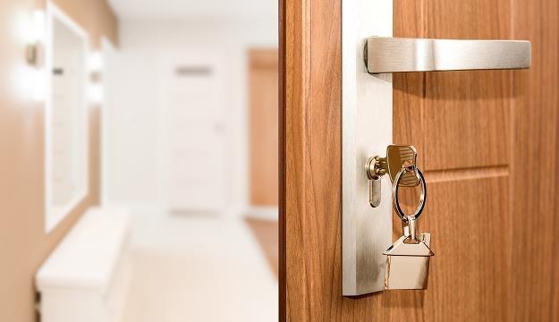 Czy kupno mieszkania to inwestycja, która może zwrócić się po 5 latach? /©123RF/PICSEL