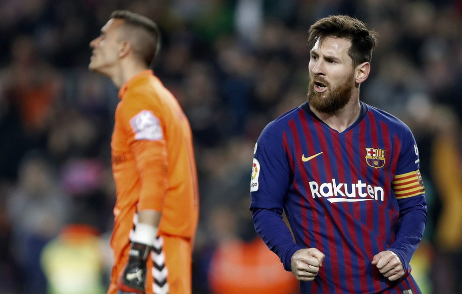 Czy Leo Messi pomoże Barcelonie wygrać z Olympique Lyon? /ANDREU DALMAU /PAP/EPA