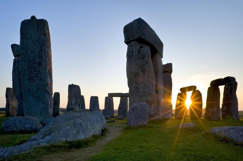 Czy ludzie budujący Stonehenge znali twierdzenie Pitagorasa? /David Nunuk/All Canada Photos /East News