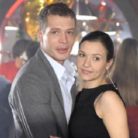 Czy Małgosia (Joanna Koroniewska) przyjmie oświadczyny Tomka (Andrzej Młynarczyk)? / fot. Gałązka /AKPA