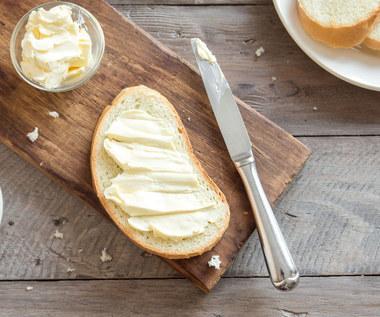 Czy masło jest zdrowe? Wady i zalety. W jakiej postaci jest najlepsze?