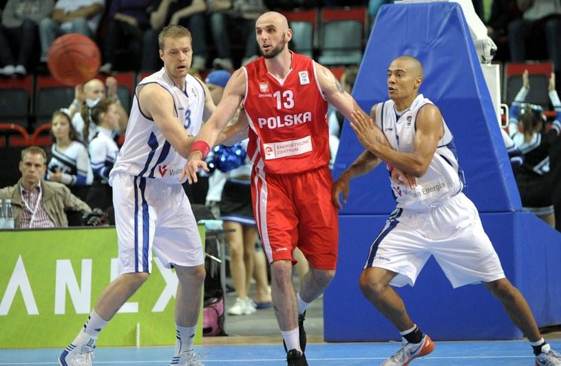 Czy Mike Taylor poprawi grę polskich koszykarzy? Na zdjęciu lider kadry Marcin Gortat /AFP