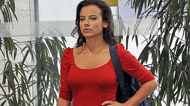 Czy Monika (Anna Mucha) zechce pogodzić się z kobietą, która oddała ją do sierocińca? / fot. Gałązka /AKPA