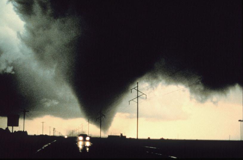 Czy można rozproszyć tornado lub huragan? Naukowcy próbują, ale wciąz z mizernym skutkiem /AFP