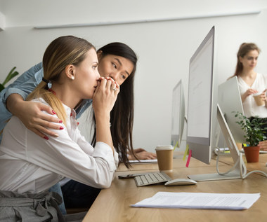 Czy można rozwiązać umowę o pracę przez e-mail?
