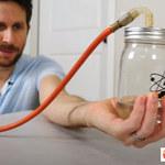 Czy można zagotować wodę za pomocą dłoni?