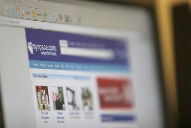 Czy MySpace ma szanse ponownie podbić internet? /AFP