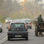 Czy na ciągłej linii można wyprzedzić rower? A traktor?