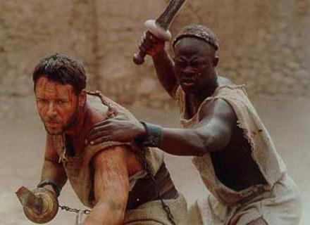 """Czy najnowsza fala filmów historycznych odniesie sukces na miarę """"Gladiatora"""" Ridleya Scotta? /INTERIA.PL"""