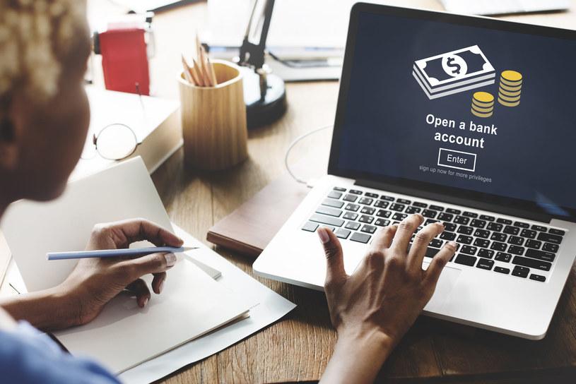Czy nasze internetowe konta bankowe są bezpieczne? /123RF/PICSEL