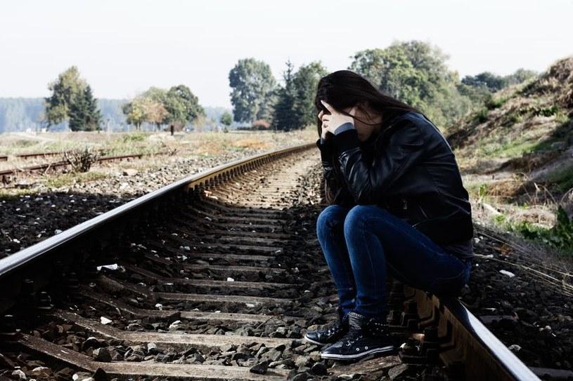Czy niedoszłych samobójców można zidentyfikować? /123RF/PICSEL