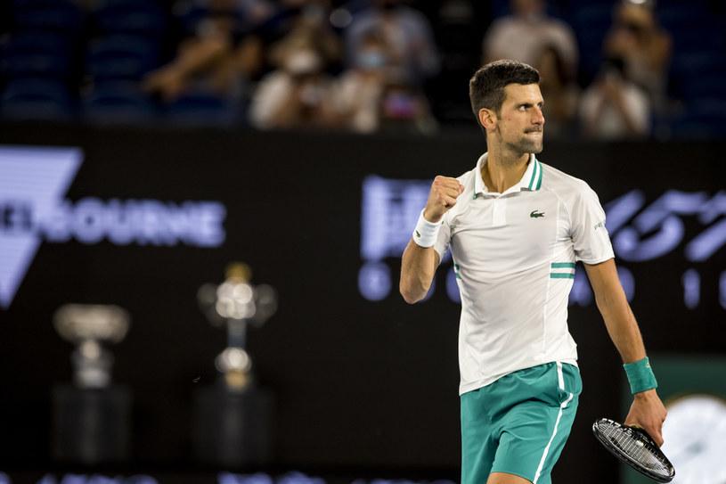Czy Novak Djoković po raz kolejny wygra Australian Open? Jest w niedzielnym finale /Getty Images
