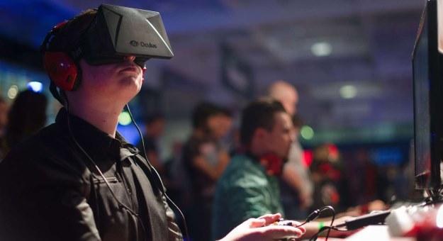 Czy Oculus Rift może powołać do życia wielki, wirtualny świat? /AFP
