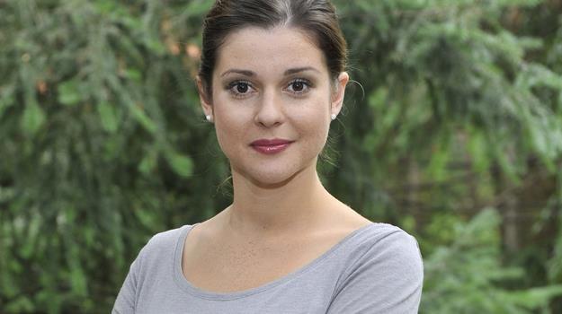 Czy Olga (Marta Ścisłowicz) będzie kolejną zdobyczą Pawła (Rafał Mroczek)? / fot. Niemiec /AKPA