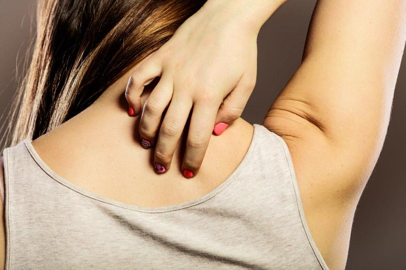 Czy pacjenci cierpiący na dermatozy powinni zwlekać ze szczepieniami? /123RF/PICSEL