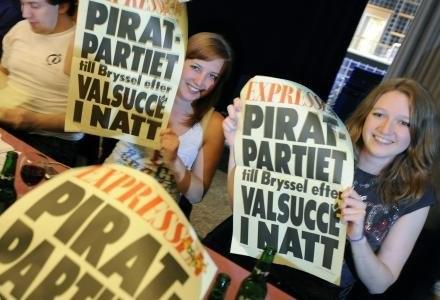 Czy Partii Piratów uda się podbić świat? /AFP