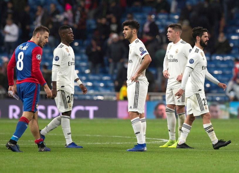 Czy piłkarze Realu zrehabilitują się za sensacyją porażkę z CSKA Moskwa? /PAP/EPA