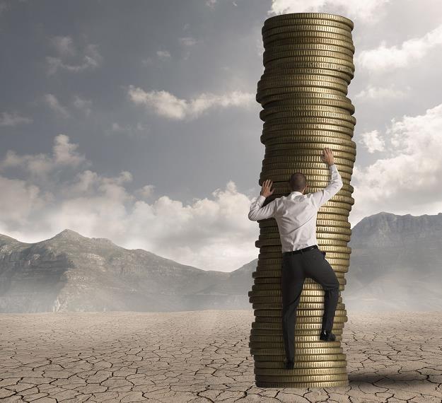 Czy płaca minimalna szkodzi gospodarce? /©123RF/PICSEL