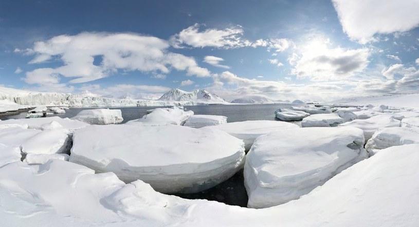 Czy po ociepleniu czeka nas gwałtowny spadek temperatury /123RF/PICSEL