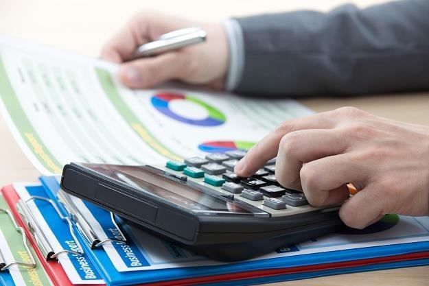 Czy podatek od nieruchomości firmowej obniży PIT? /©123RF/PICSEL