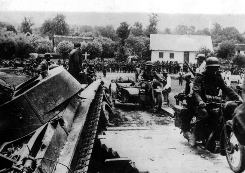 Czy Polacy mogli ruszyć na Sowietów razem z Niemcami? /Getty Images/Flash Press Media