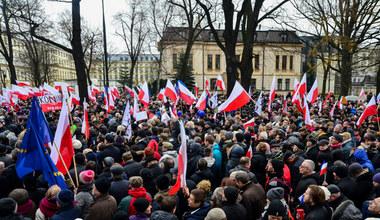 """Czy Polacy obudzą się z """"małej stabilizacji""""?"""