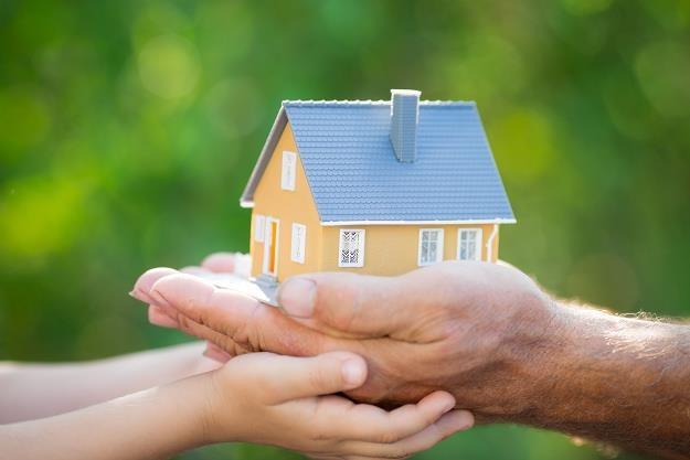 Czy Polaków nie będzie stać na budowę własnego domu? /©123RF/PICSEL