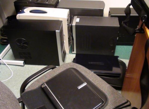 Czy policja powinna zabezpieczać komputery ściągających internautów? Materiały operacyjne policji /materiały prasowe