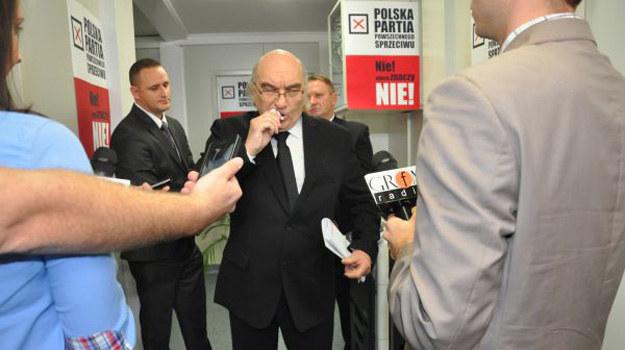 Czy polityk odzyska zdrowie - i będzie pod opieką ratowników naprawdę bezpieczny? /www.nasygnale.tvp.pl/