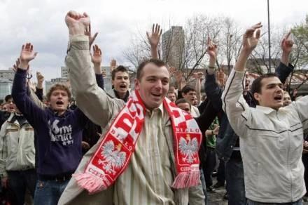 Czy Polska poradzi sobie z organizacją Euro 2012? /AFP