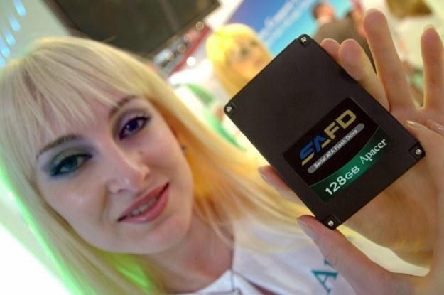 Czy przed dyskami SSD otwiera się światlana przysżłość? /AFP