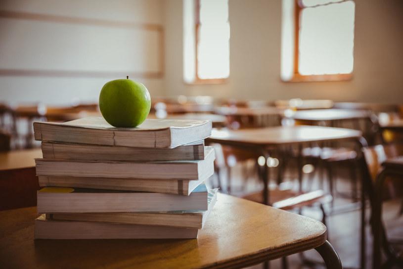 Czy resort edukacji wycofa podręcznik ze szkół? /123RF/PICSEL