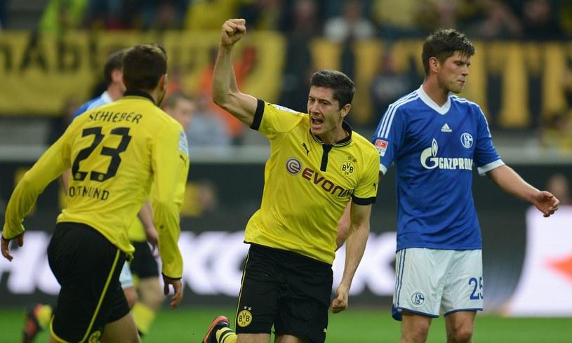 Czy Robert Lewandowski znów trafi do siatki Schalke 04 Gelsenkirchen? /AFP