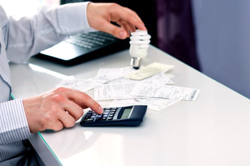 Czy rosnące ceny prądu w hurcie przełożą się na rachunki polskiej rodziny? /123RF/PICSEL