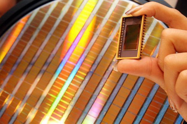 Czy rozwiązania fotoniczne zastąpią tradycyjne układy scalone? /AFP