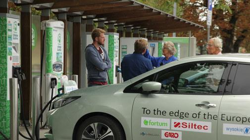 Czy samochody elektryczne nadają się do dalekich podróży?