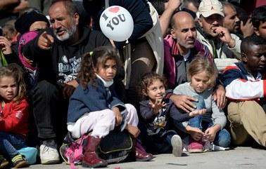 Czy skarga Polski ws. podziału uchodźców miałaby sens?