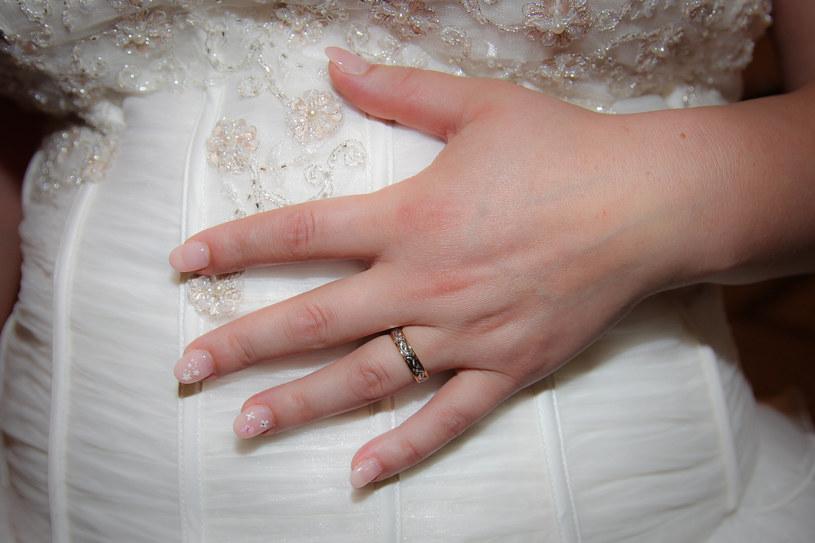 Czy ślub kościelny w ciąży to dobry pomysł? /123RF/PICSEL