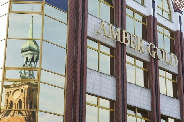 Czy spółka Amber Gold od początku była obliczona na efekt piramidy finansowej? /PAP