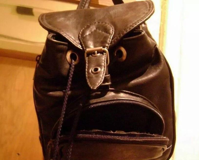Czy ten plecak jest o coś zły? /spannerbanner /imgur.com
