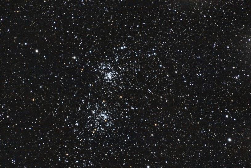 Czy to możliwe, aby inteligentne istoty zamieszkiwały okolice aż tylu gwiazd? /123RF/PICSEL