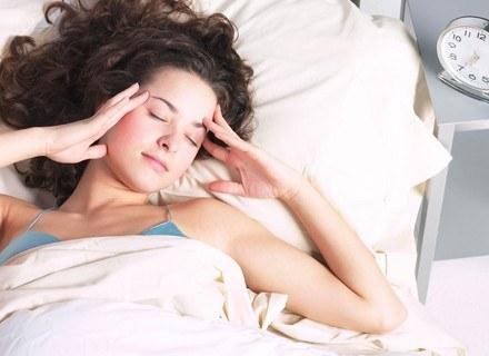 Czy to tylko chwilowe przemęczenie, czy już zmęczenie chroniczne? /ThetaXstock