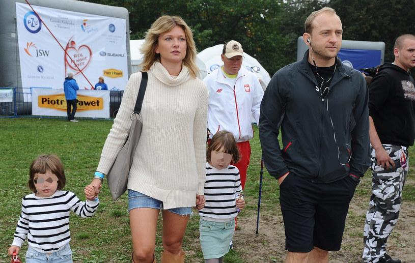 Czy to ukochana ma tak dobry wpływ na Borysa Szyca? /Piotr Andrzejczak /MWMedia