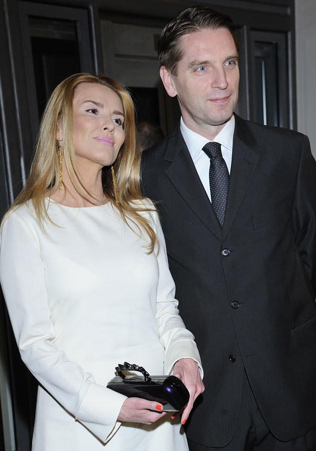 Czy Tomasz Lis znajdzie dla żony jakieś zajęcie w swoim nowym serwisie internetowym?  /Andras Szilagyi /MWMedia