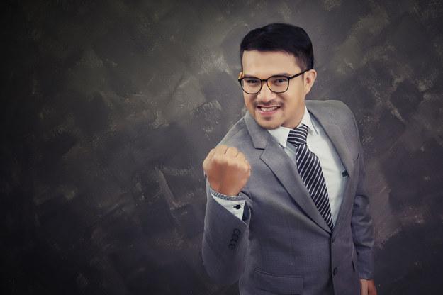 Czy tylko zarobki decydują o zadowoleniu z pracy? /123RF/PICSEL