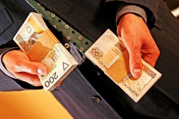 Czy uda się wreszcie zwiększyć bezpieczeństwo finansowe Polaków? /©123RF/PICSEL