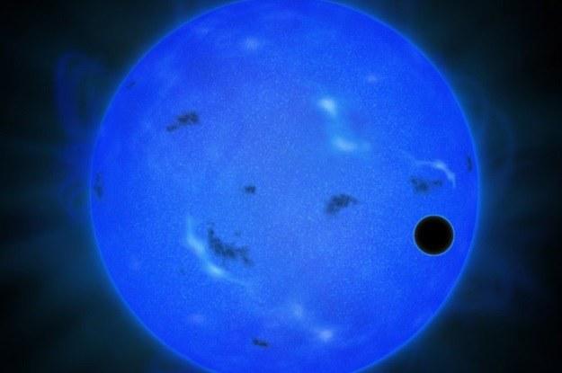 Czy w atmosferze GJ 1214b faktycznie znajduje się woda? /materiały prasowe
