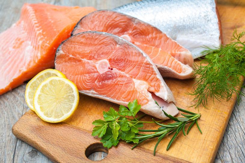 Czy warto jeść łososia? /©123RF/PICSEL